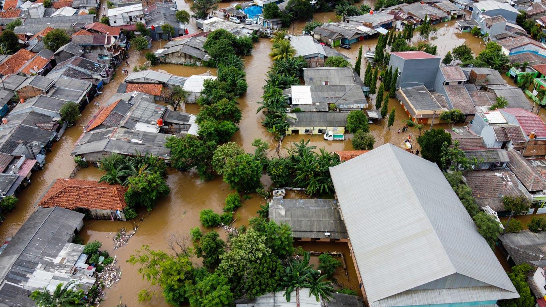Impact Investing gegen den Klimawandel. Das Bild zeigt eine Flutkatastrophe.